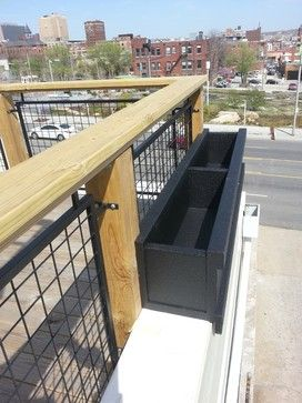 Love This As An Railing Alternative For Our Back Porch And Steps Parapet Wall Roof Project Traditional Outdoor Decor Parapet Outdoor Decor