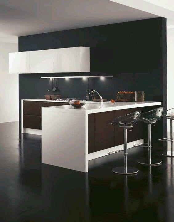 Cocina y barra para espacios pequenos dise o interior for Diseno de interiores para espacios pequenos