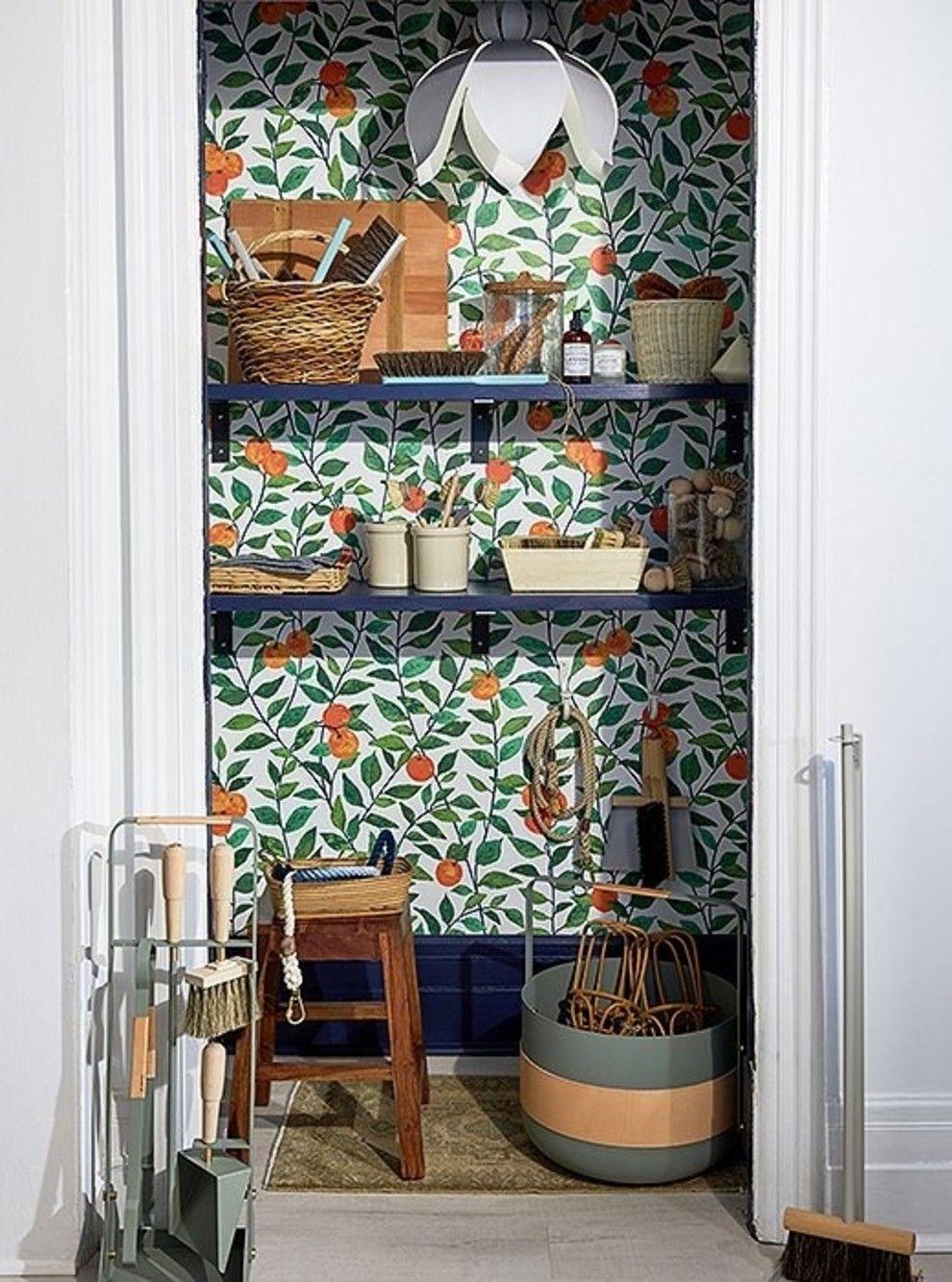 Sticking at the cottage duplex wallpaper 89