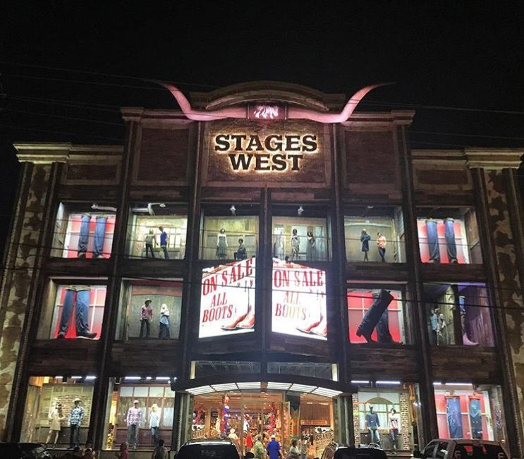 Stages West Is The Home Of Cowboy Couture With Over 10 00 Pair Of Boots Westernwear Boots Stageswest Stages West Western Wear Boots