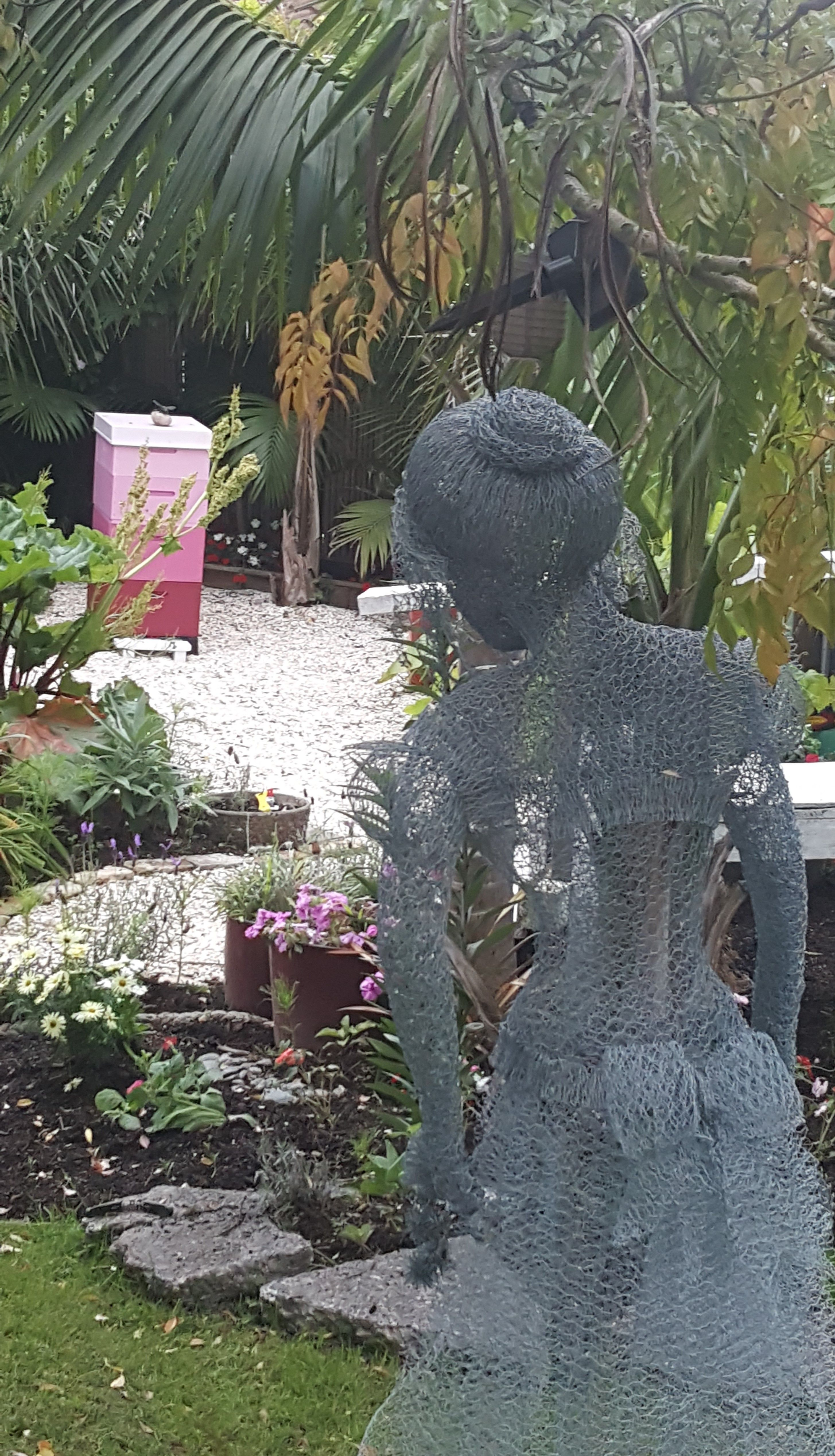 Life size lady sculpture made from chicken wire - (photo courtesy of ...