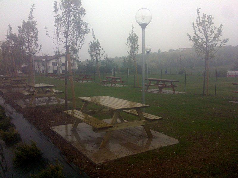 SAND ITALIA – Tavoli picnic con staffe   Picnic, Tavoli, Italia