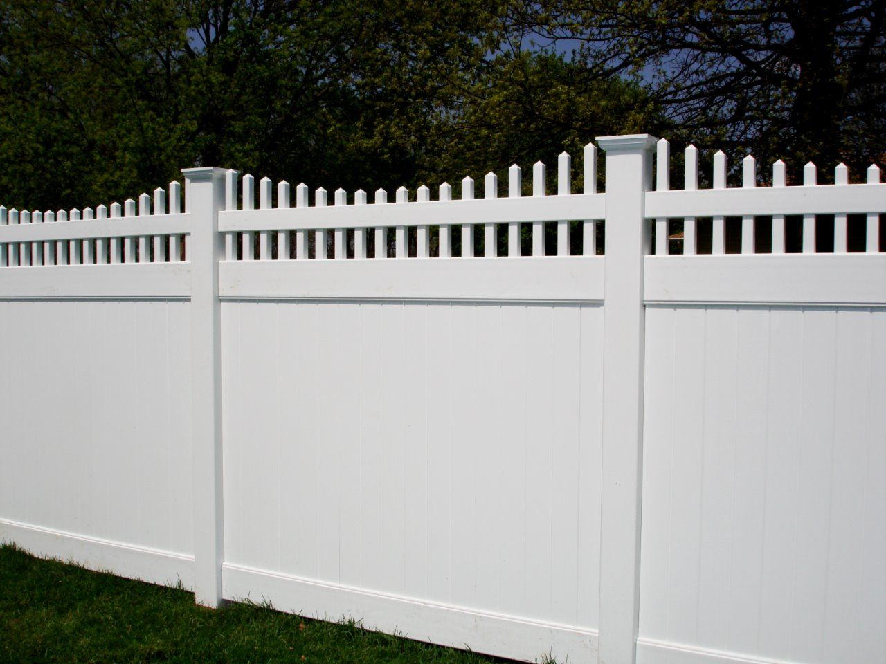 Philippines Pvc Farm Fence Posts Emblem Vinyl Fencing Vinyl Fence Fence Backyard Living