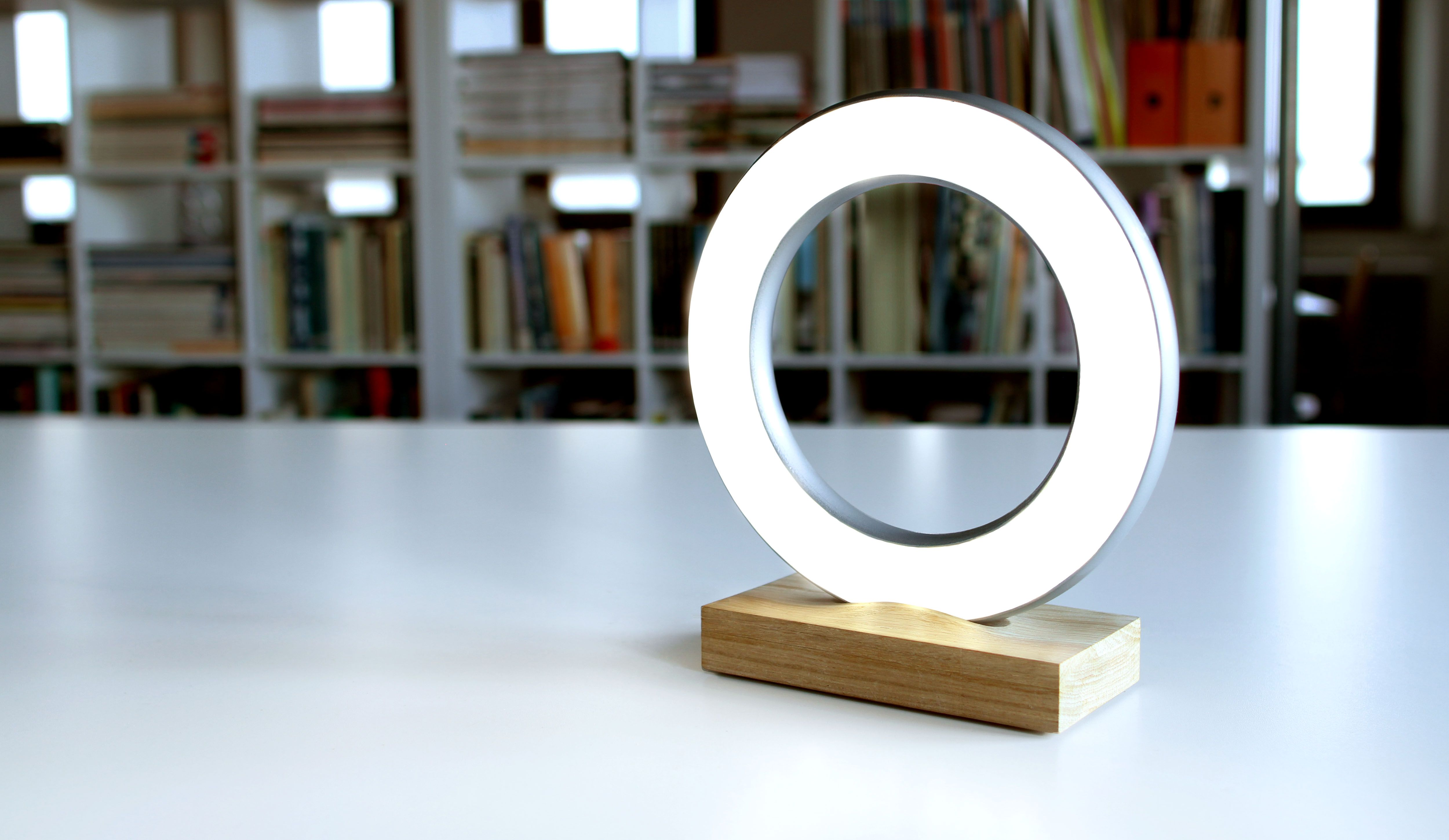 Wooden lamp Halos