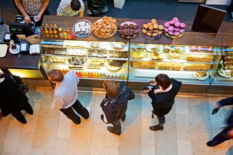 Restaurants Serve Up Loyalty Programs To Combat