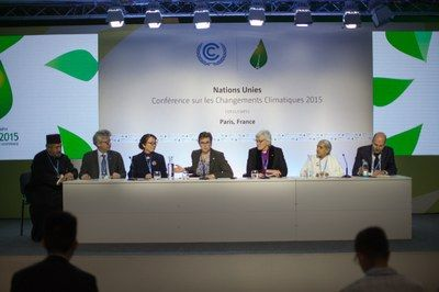 Paris climate agreement hailed by ecumenical leaders