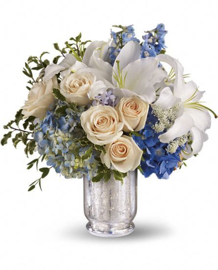 See how much ivory there is in comparison with blue. I like the color ratio between the ivory and the wedding colors.