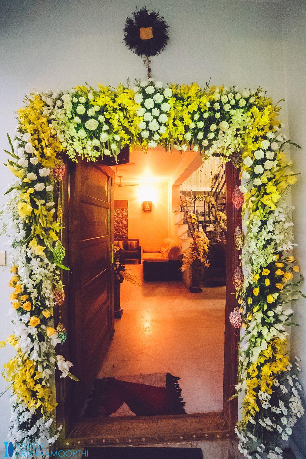 Simple wedding stage decoration at home  Prathamesh Lad ladprathamesh on Pinterest