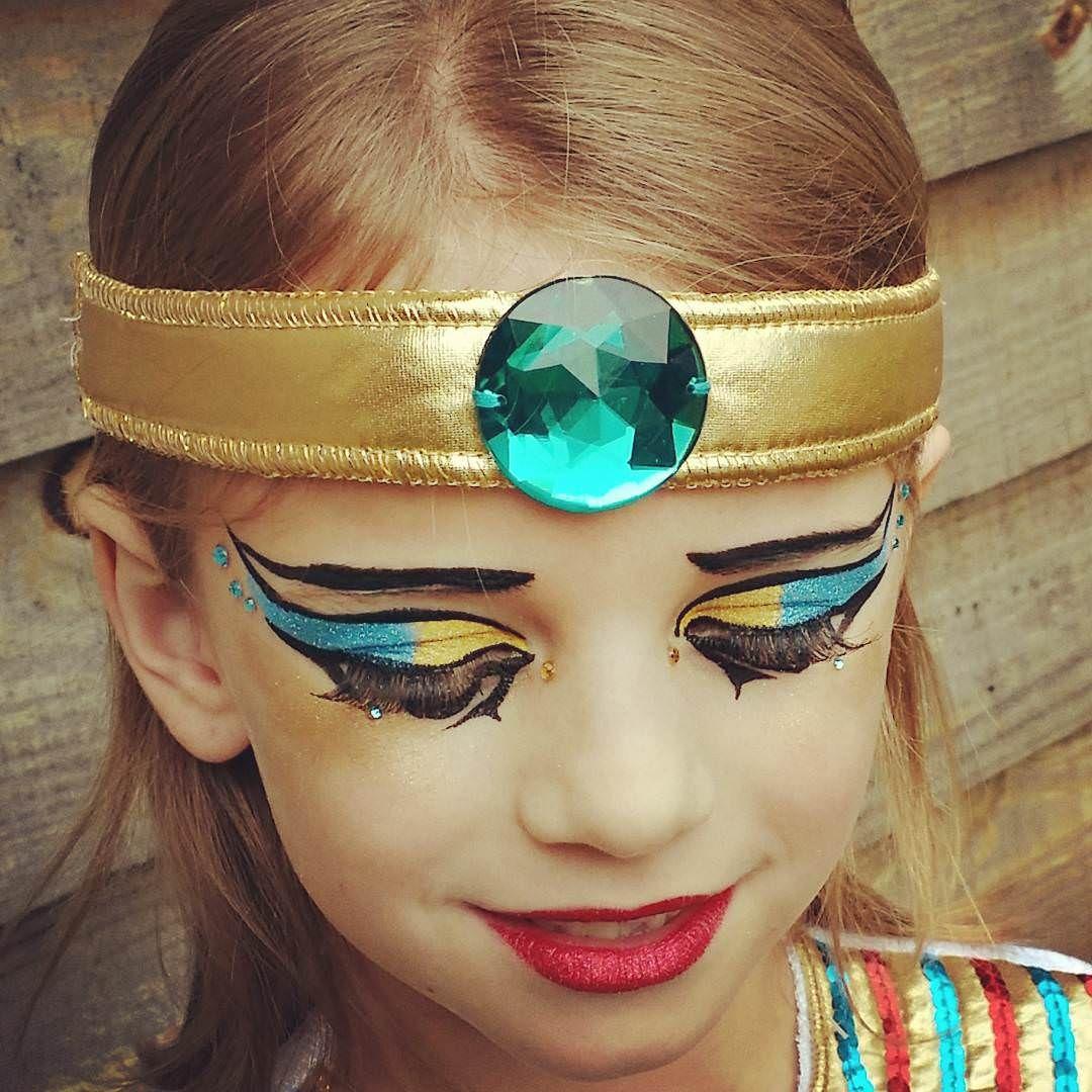 Cleopatra Makeup For Kids 1080x1080 Pixels