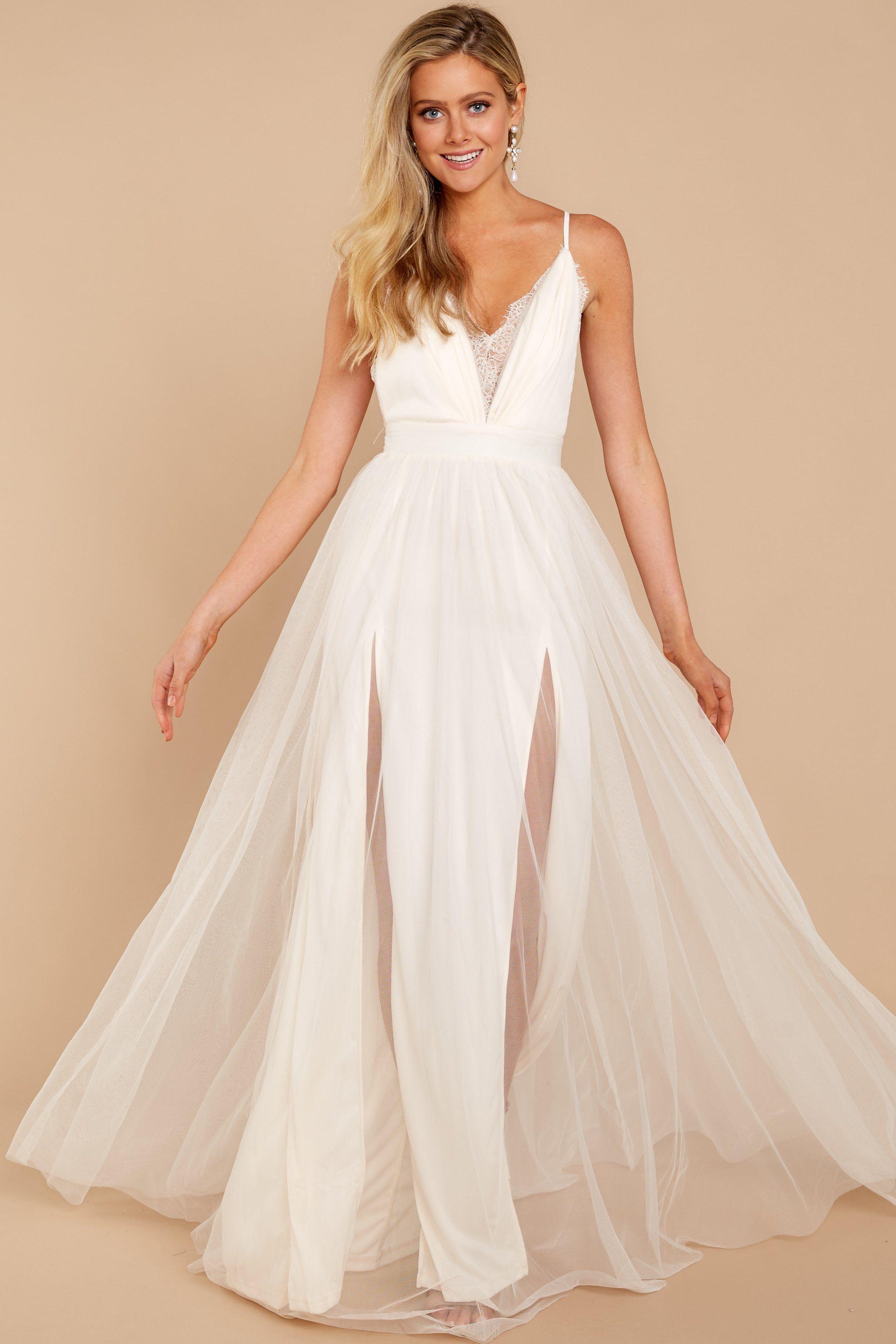 e6447168f18 Long Sleeve Ivory Lace Maxi Dress - Gomes Weine AG