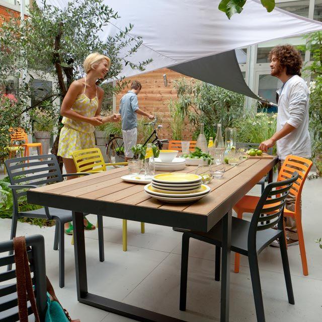 Table Rona Aspect Bois 210 X 90 Cm Castorama Table De Jardin Fauteuil Jardin Jardins