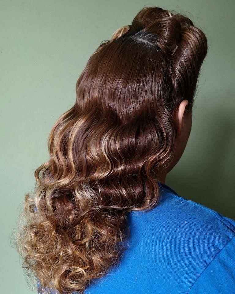 pinrick locks on 1940s hair  1940s hairstyles long
