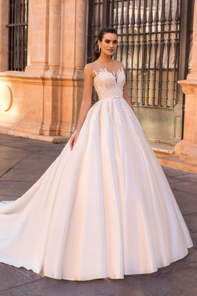 Crystal Design wedding dress | Wedding dresses | Pinterest | Frisco ...