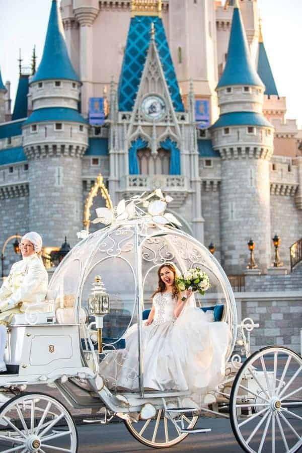 List of Must-Have Disney Wedding Items   Disney Insider Tips