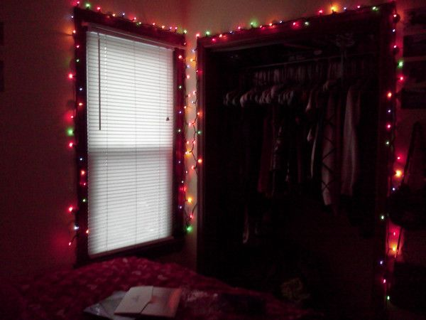 Bedroom Christmas Lights One Strand Around The Window One Around The Closet Hanging Christmas Lights Christmas Decor Diy Christmas Diy