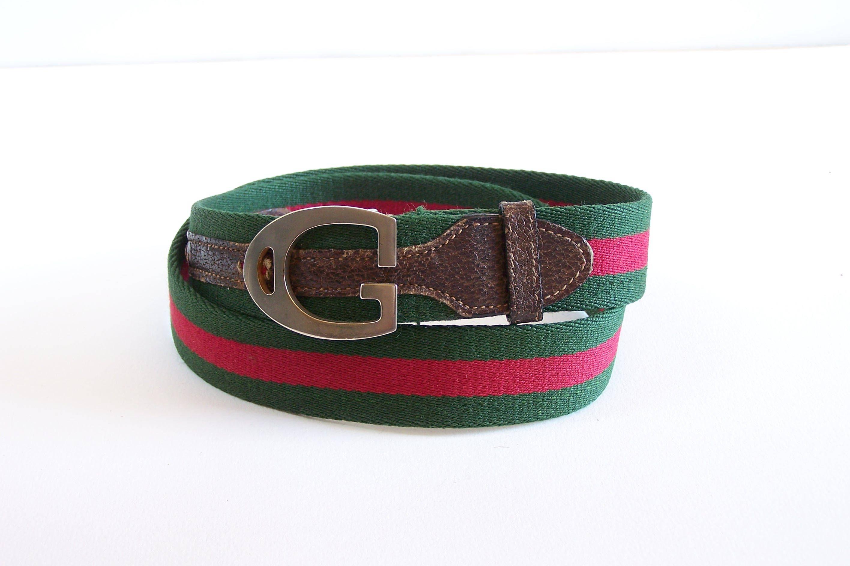 Ceinture Gucci cuir et tissu verte et rouge boucle métal G Vintage Made in  Italy de la boutique MyFrenchIdeedAntique sur Etsy 6c6e100103f