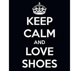 waarom vrouwen zoveel schoenen hebben