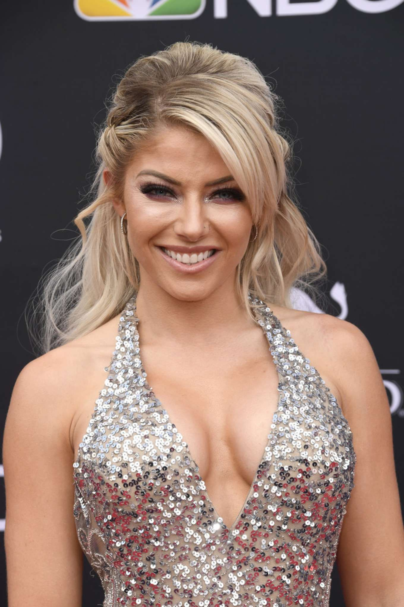 Alexa Bliss Encourages WWE Fan Suffering From Eating Disorder 2