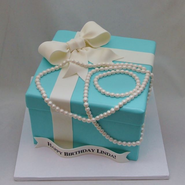 3d tiffany box amp pearls cake 3d cakes pinterest