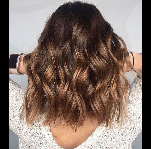 Cheveux bruns 10 nuances dont s'inspirer ce printemps