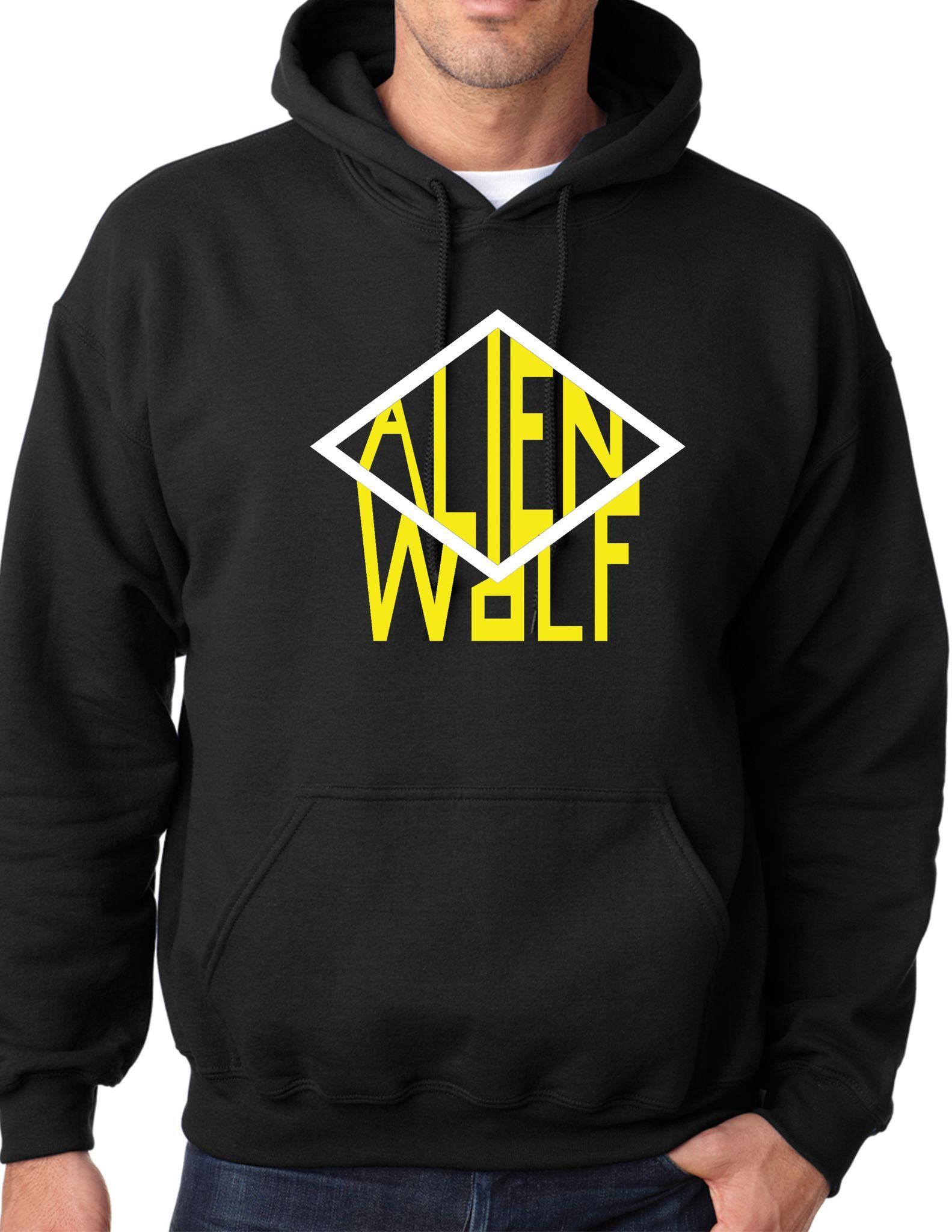 Diamond Wolf Hooded SweatShirt