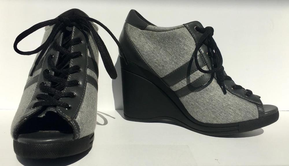 851640280b4 Bebe Jamie Lace Up Grey Black Peep Toe Lace Up Platform Sneaker Wedge Size  7