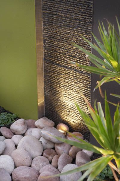 Feature Walls Pillars The Garden Light Company Photo Gallery