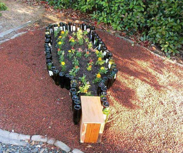Merveilleux DIY Wine Bottle Ideas For Garden