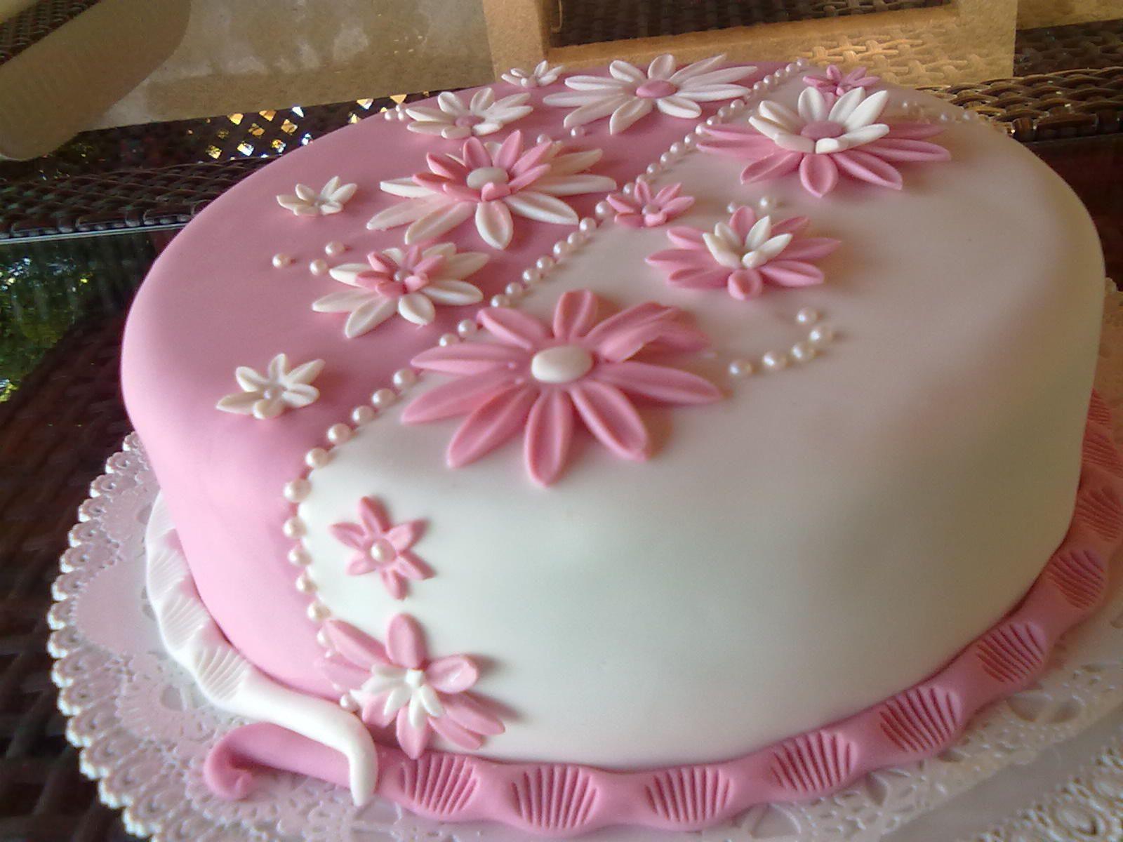 White & Pink flower cake #fondant