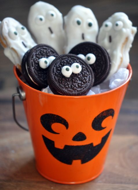 LUV! Cute, quick and easy idea for kids lunchbox treat (Halloween - halloween candy treat ideas