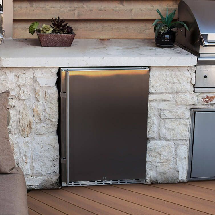 outdoor beverage refrigerators outdoor kegerator outdoor kitchen outdoor kitchen design on outdoor kitchen kegerator id=53318