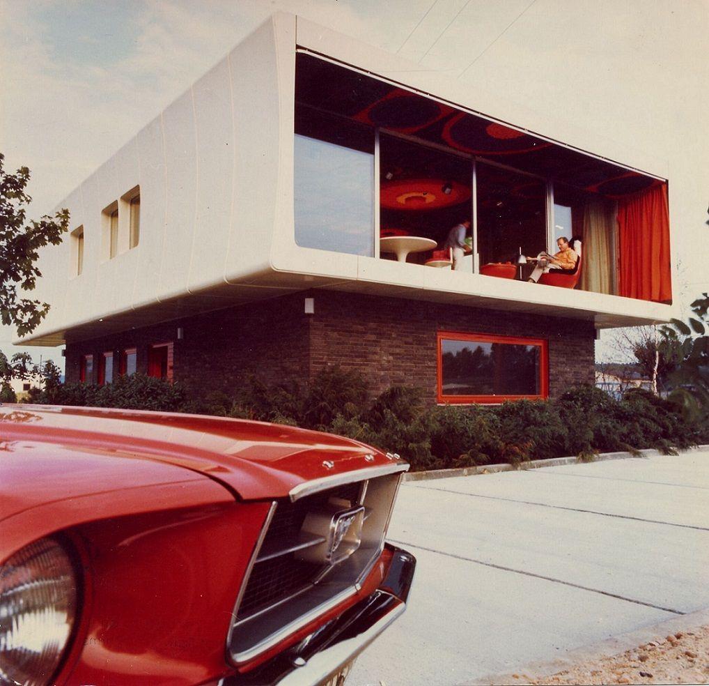 """""""Das moderne Kunststoffhaus für den modernen Menschen"""" (Bild: W. Feierbach)"""