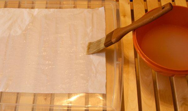 opacifier un vitrage avec de l 39 amidon du tissu ou du papier decor restaurant deco cuisine en. Black Bedroom Furniture Sets. Home Design Ideas