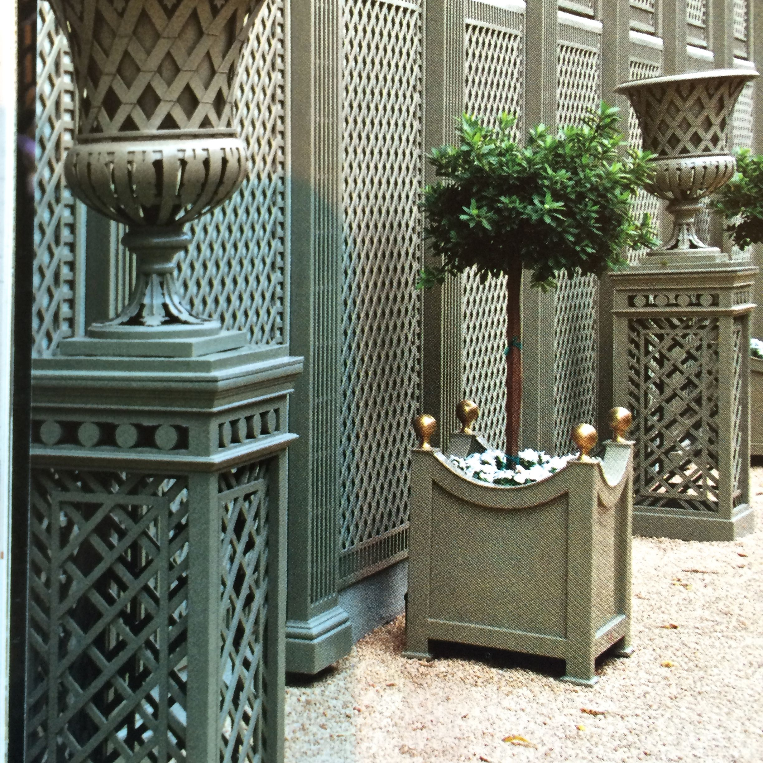 Trellises from Accents of France, 323-653-4006, www.accentsoffrance.com.