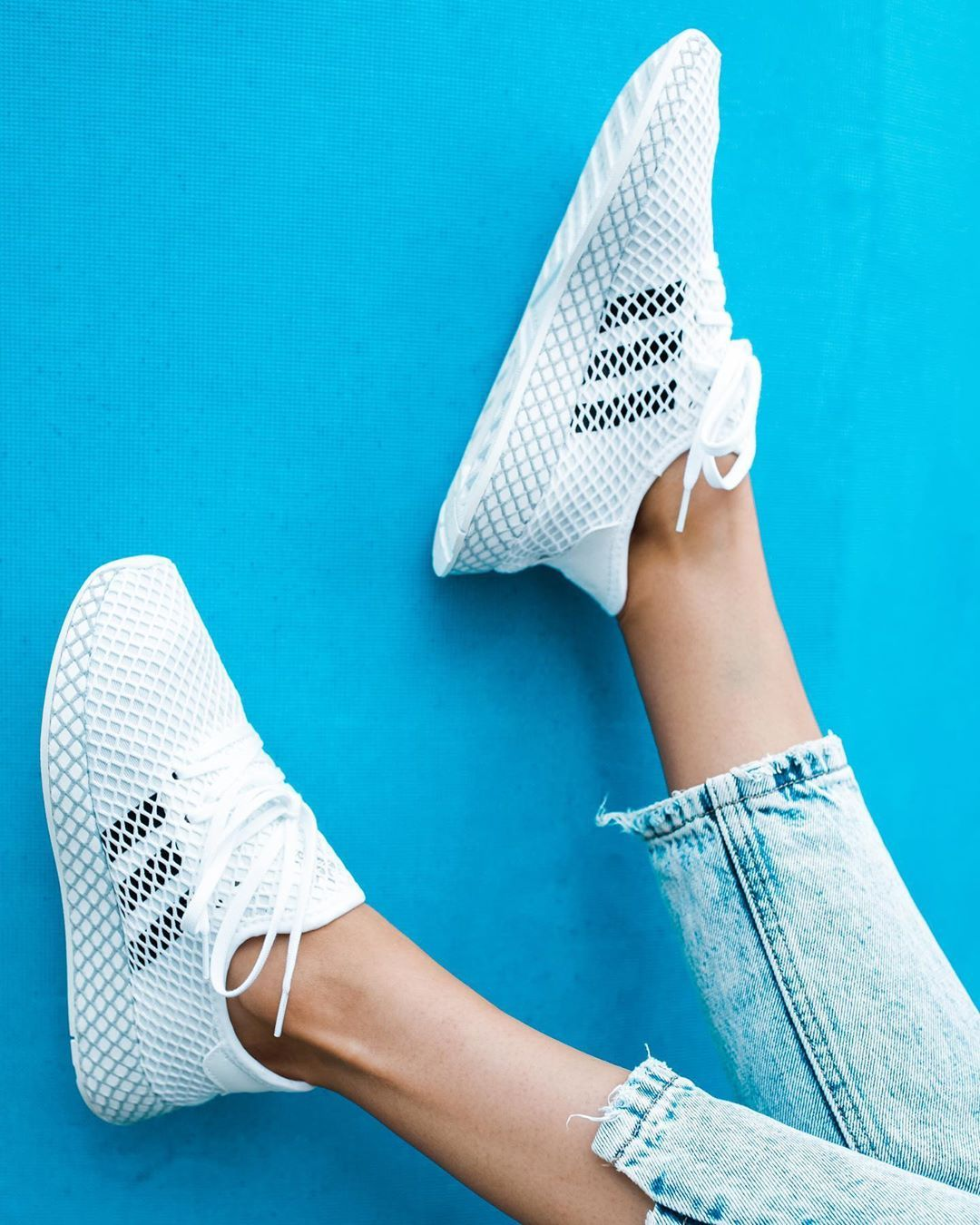 adidas Originals Deerupt Runner in weiss DA8871 in 2020