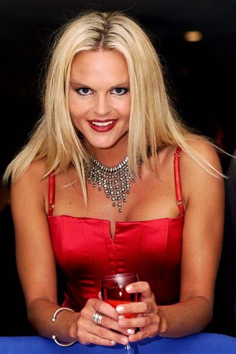 Katja Kean Nude Photos 52