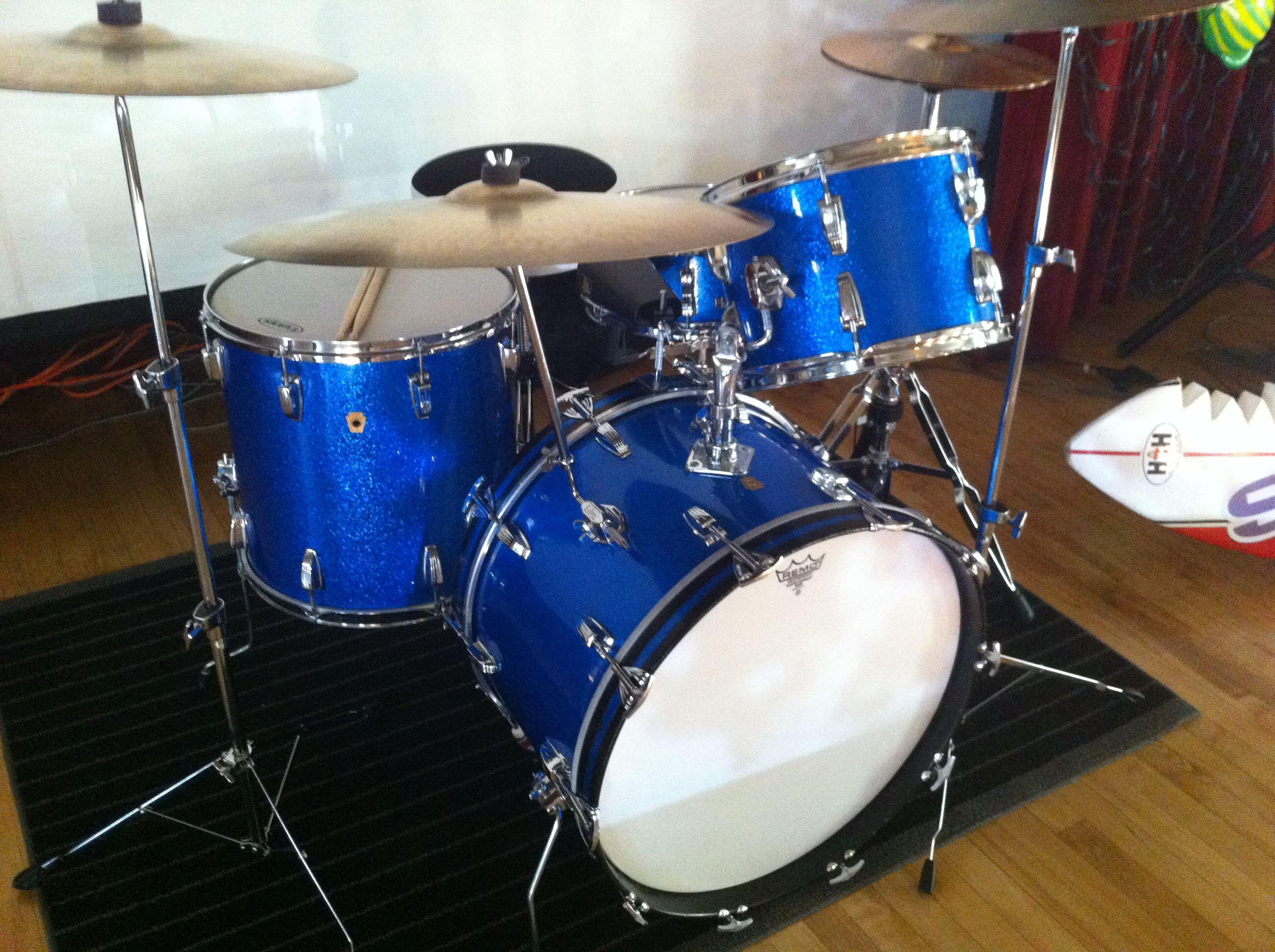 Drum Sets 1967 Ludwig Super Classic 4 Piece Sparkle Blue