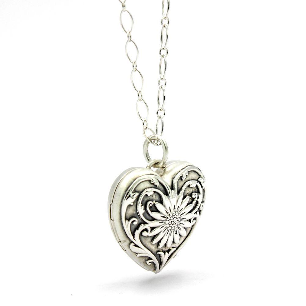 31694e5c1 Tiffany & Co. Ziegfeld Daisy Heart Locket Pendant on 24