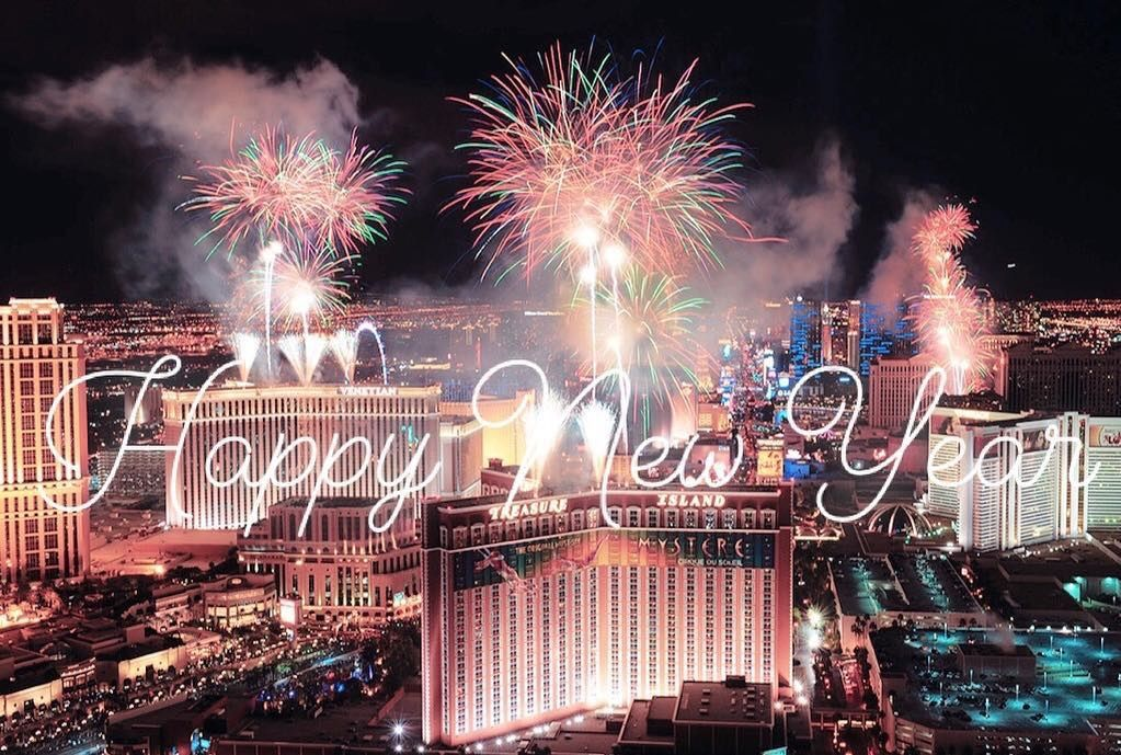 Pin by Judy Werner on FireWorks ! Vegas new years, New