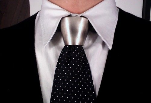 Alexander Mcqueen Metal Tie Knot Zippertravel Com Digital Edition