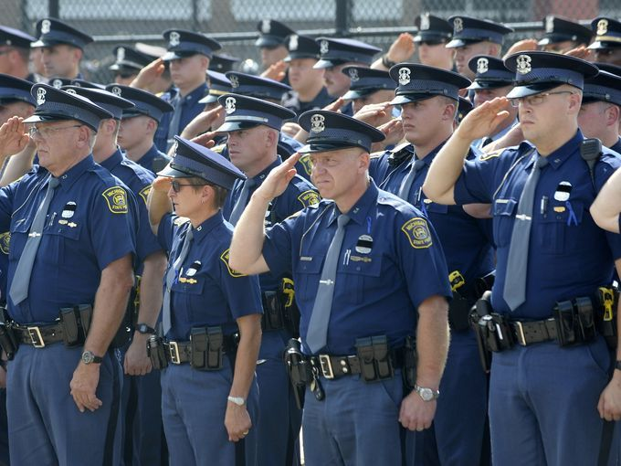 Thousands Honor Life Of Trooper Through And Through State Police State Trooper Police