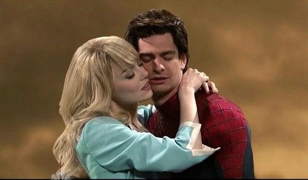 Snl Spider Man Kiss With Emma Stone Andrew Garfield And Chris