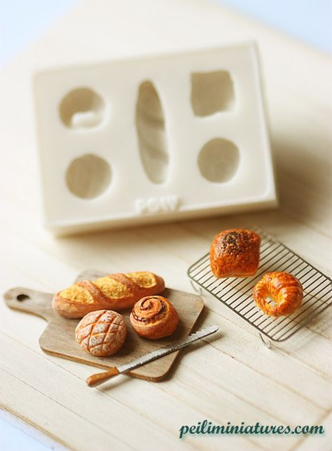 Miniature Clay Mold � Push Mold for Making Dollhouse Miniature 1/12 Scale French Breads #dollhouseminiaturetutorials