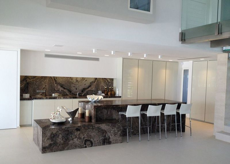 Minotti kitchen with granite frappucino project by for Minotti kitchen