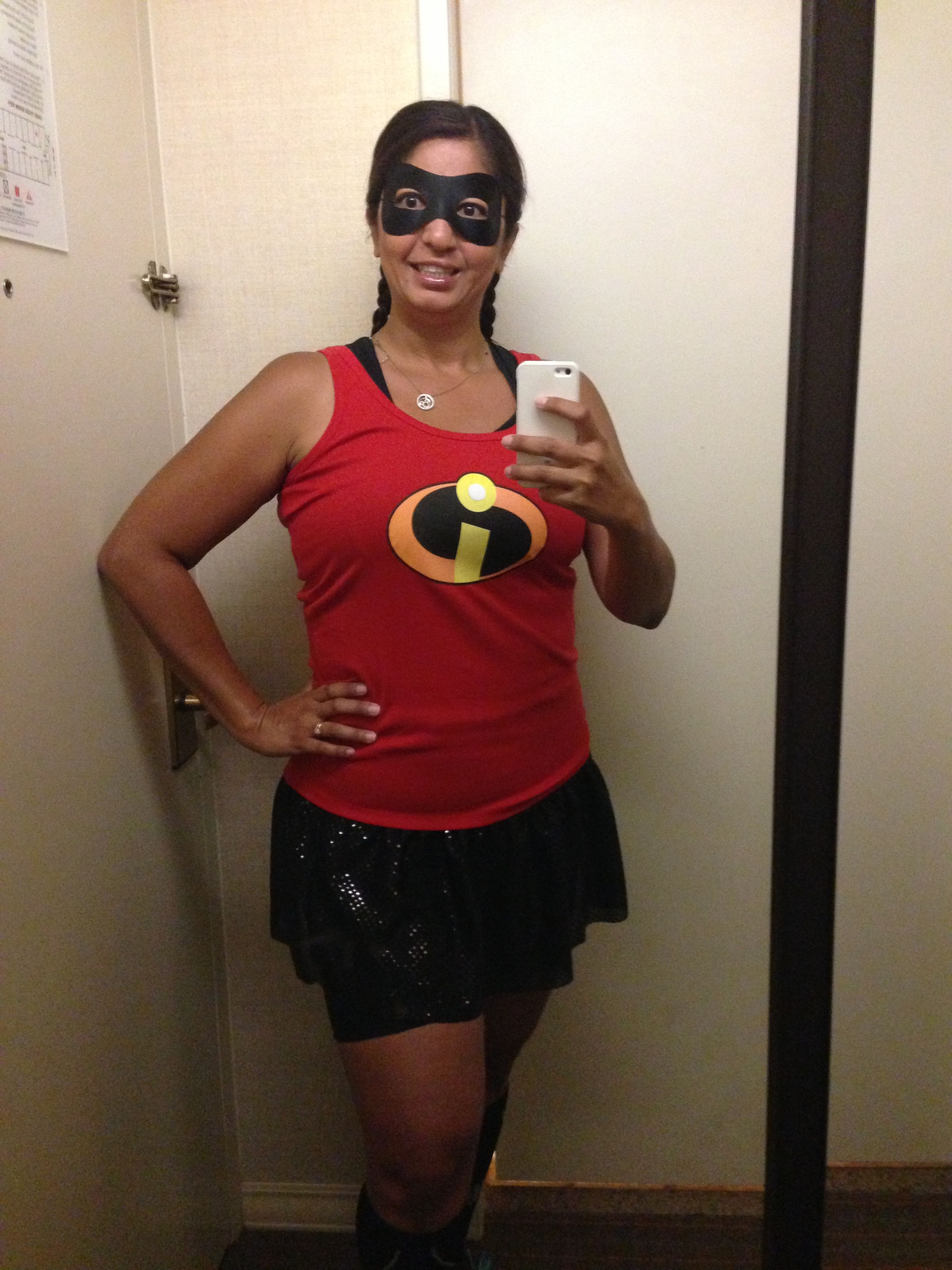 Costume Party Half Marathon - Mrs. Incredible
