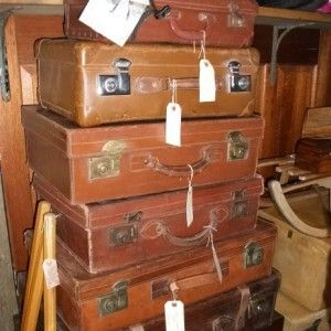 Barn Antiques Centre :: Stratford-Upon-Avon, Warwickshire ...