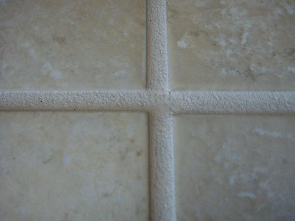 cleaning grout with coca-cola