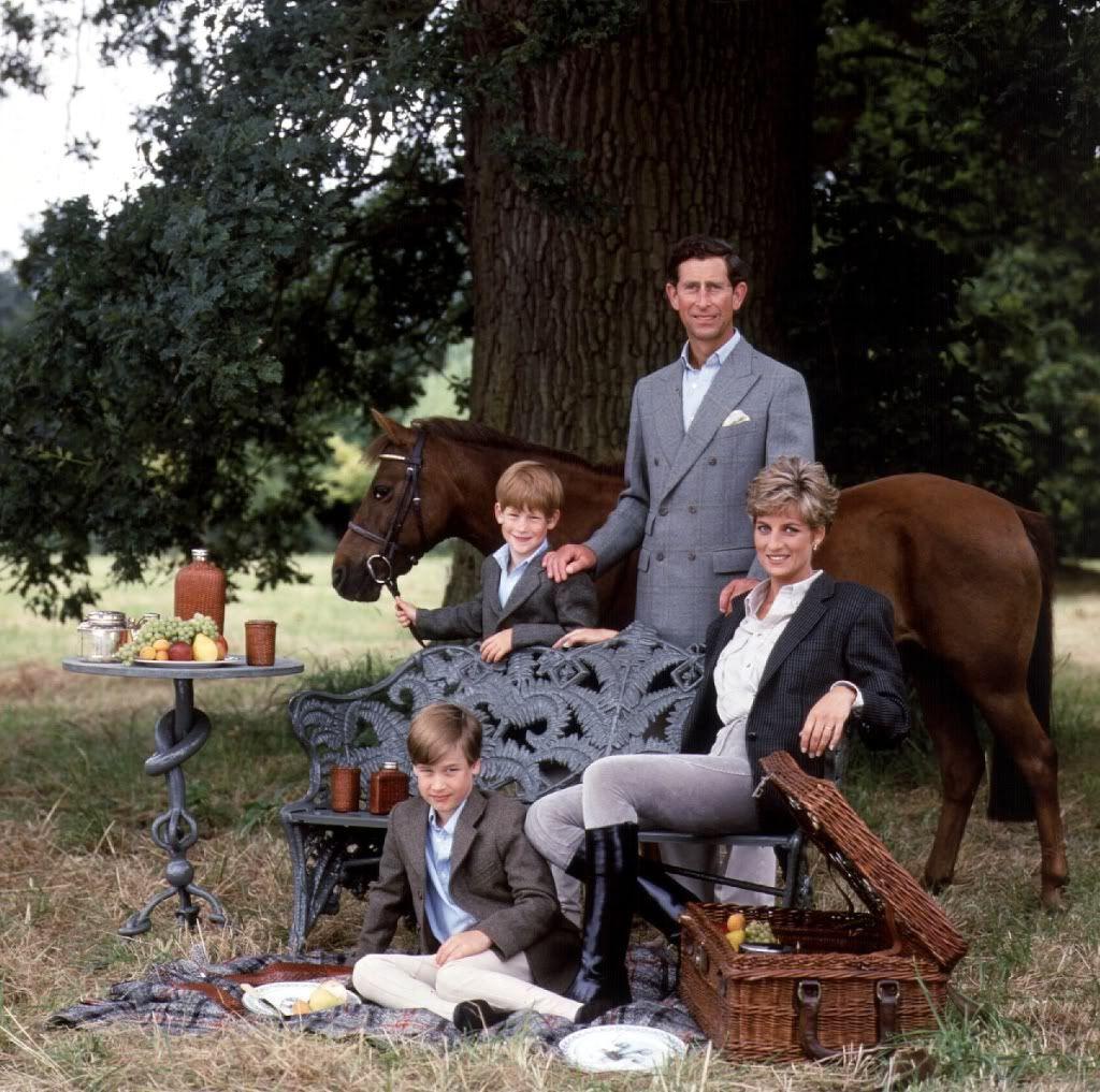 Charles & Diana & William & Harry