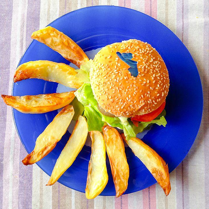 Csibeburger fetakrémmel és pirított lilahagyma-karikákkal - bien.hu - Életem gardróbja