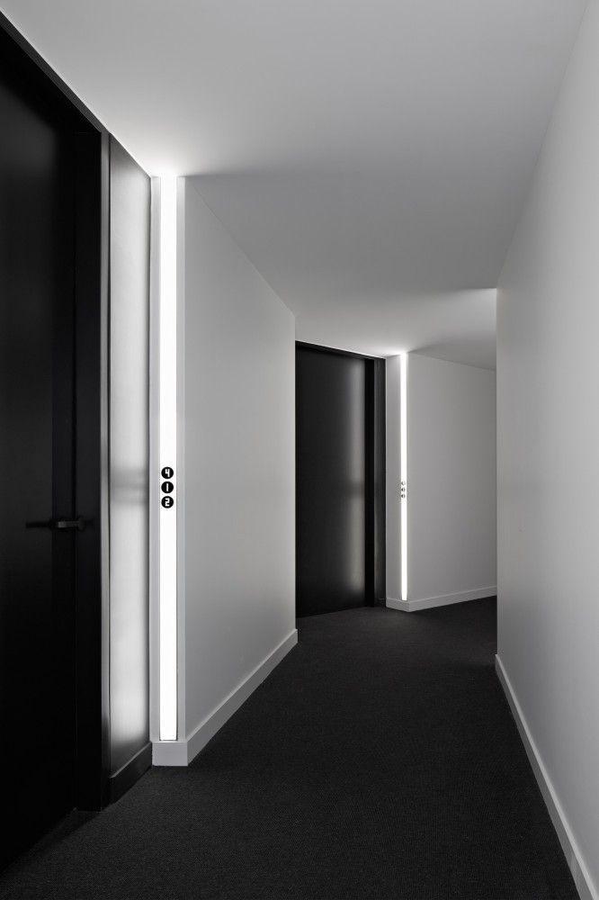 Va para el pasillo pasillos pinterest iluminaci n for Iluminacion minimalista interiores